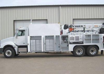 Tiger Crane Truck